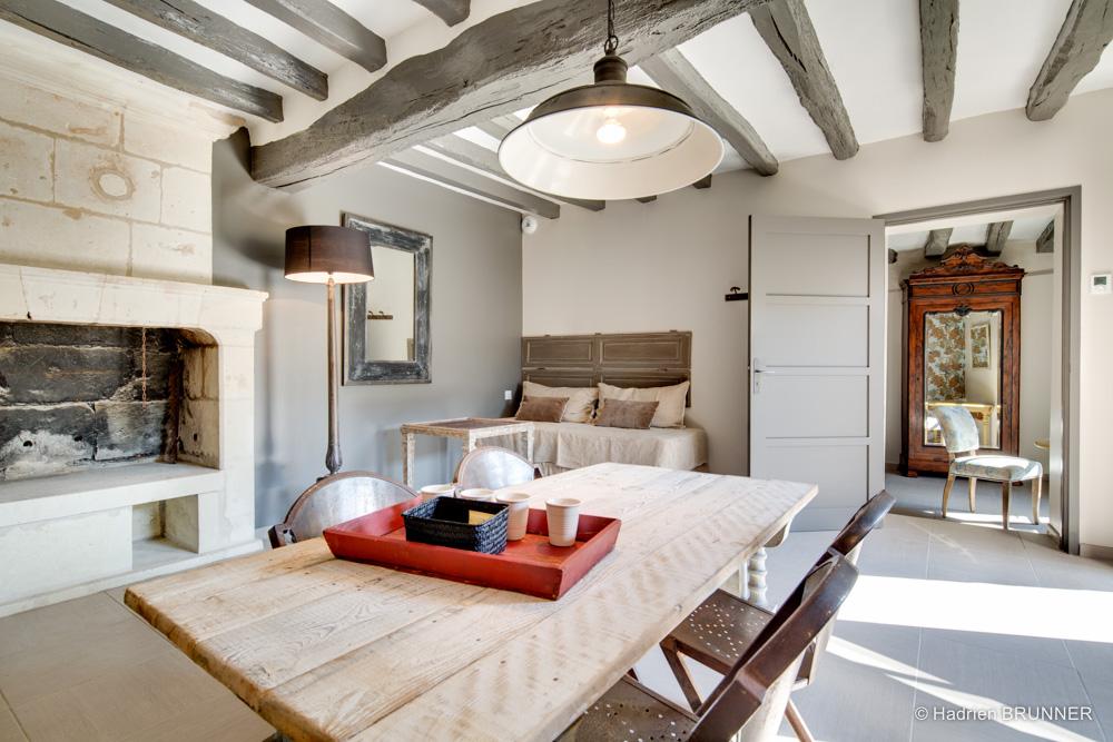 Photographe hotel luxe saumur les suites du chateau de for Decoration poutre apparente