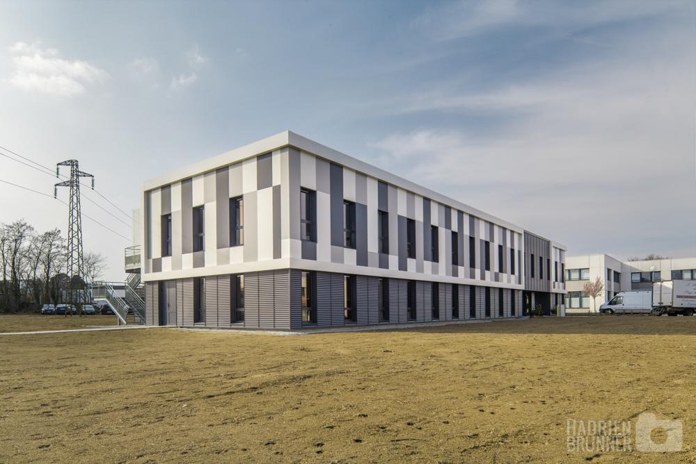Shooting architecture nantes bureaux de la nantaise des eaux for Batiment architectural
